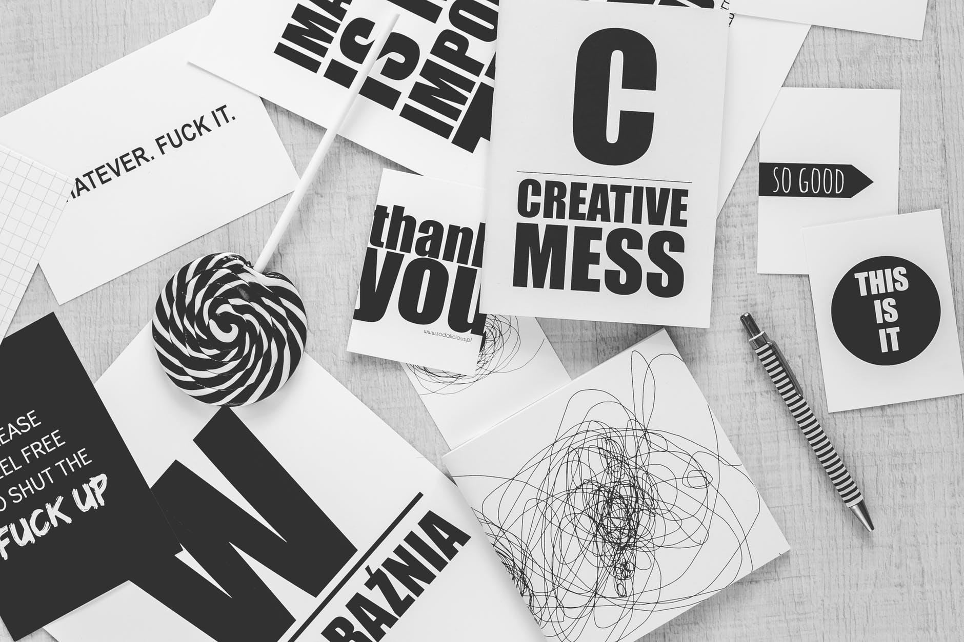 black-and-white-creative-desk-pen.jpg